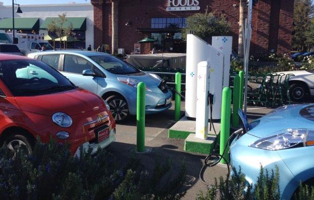 电动汽车充电桩产品三